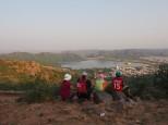 Vue sur le palais sur l'eau et l'entrée de Jaipur