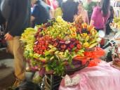 Hanoï - Coupe de fruits dans la rue