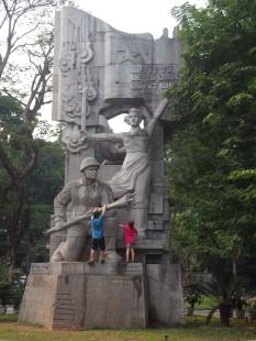 Hanoï - Statue