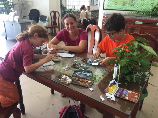 Cambodge : Les cartes sont en route