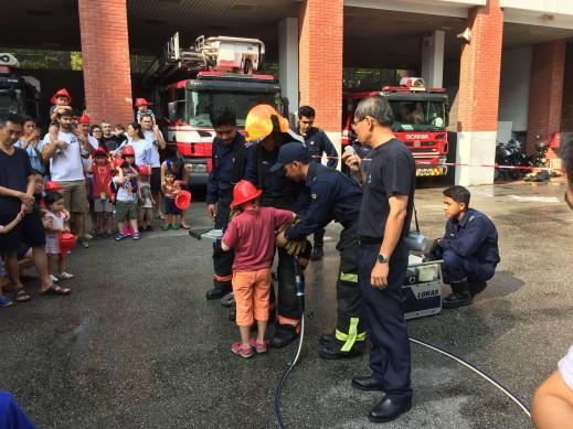 Malaisie - Singapour - Matinée chez les pompiers